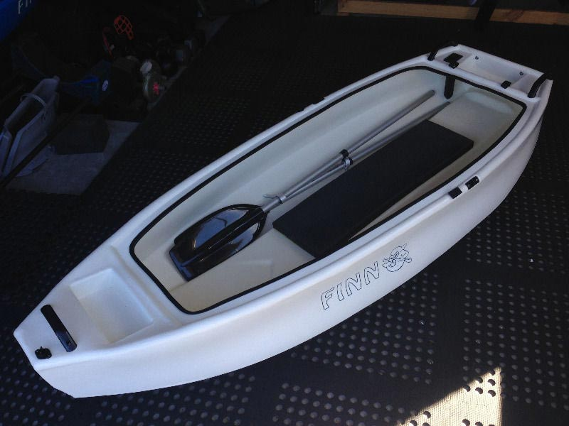 Castaway Boat + FREE Delivery*